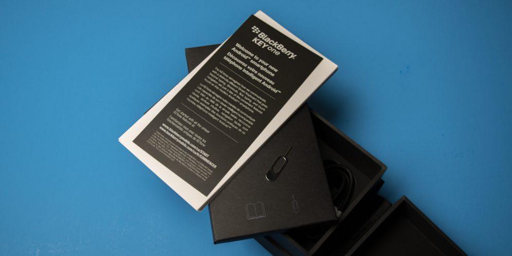 黑莓KEYONE手机介绍纸质