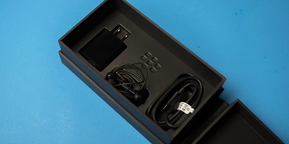 黑莓KEYONE手机包装盒
