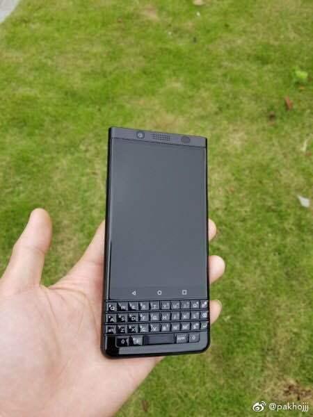 BlackBerry-KEYone-Black-China
